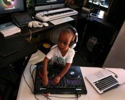 ORATILWE HLONGWANE, EL DJ DE 2 AÑOS CAUSA SENSACIÓN EN EL MUNDO