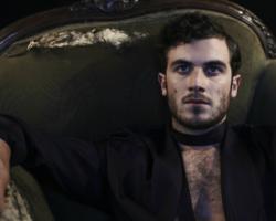 El Chileno-Americano Nicolas Jaar anuncia su primer EP en cuatro años
